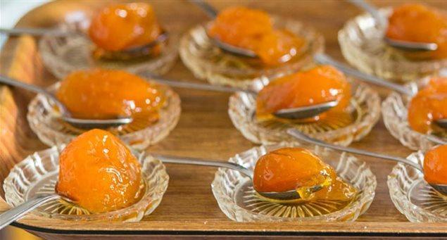 Απείρανθος - Γλυκό του κουταλιού Κυδώνι