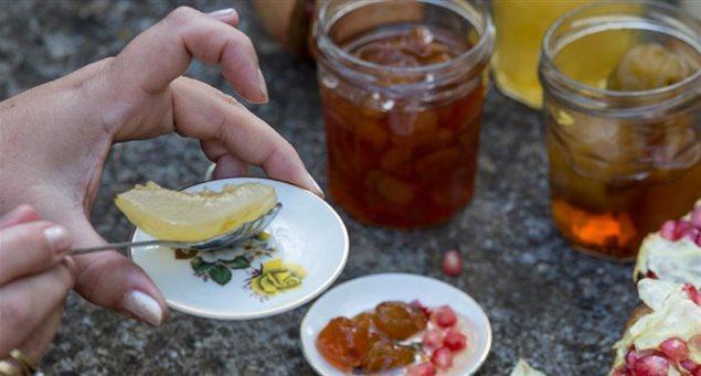 Κεραμωτή – Γλυκό του κουταλιού βύσσινο και βυσσινάδα