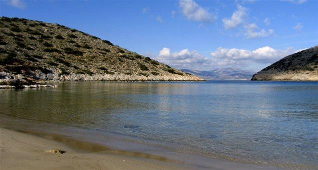 Vorini Spilia Beach